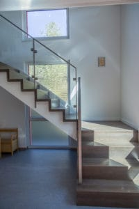 handlaufgetragene Treppen,