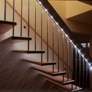 LED Beleuchtung Geländer und Stufen